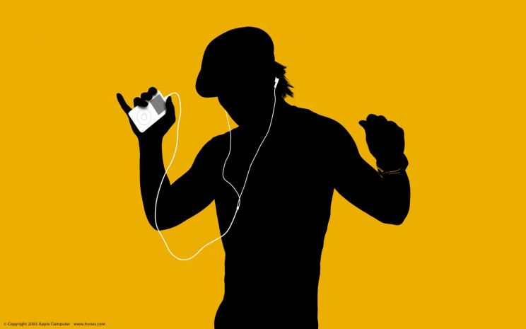 history of headphones ipod