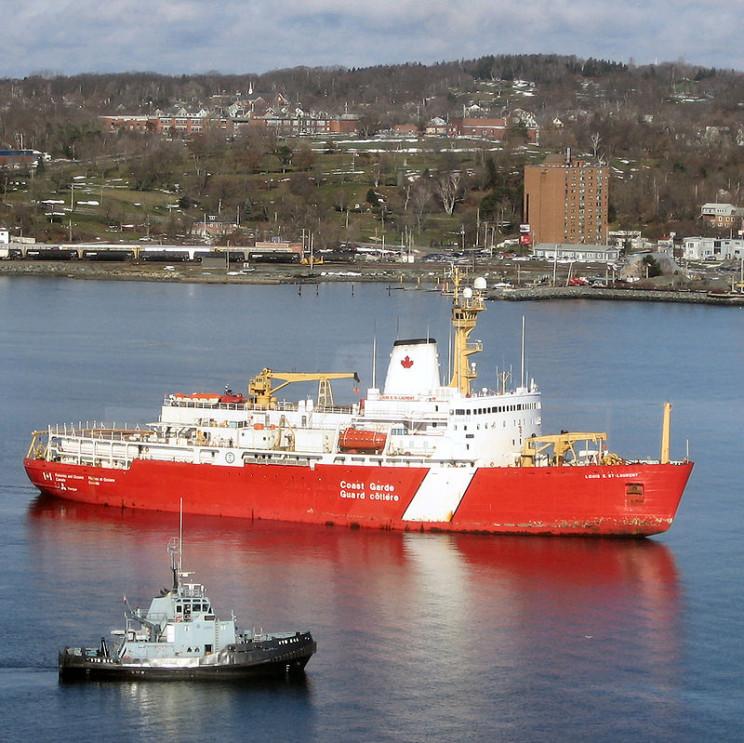icebreakers Louis S. St-Laurent