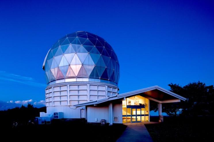worlds biggest telescopes HET