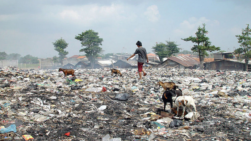 The Devastating Garbage Management Problems That Plague India
