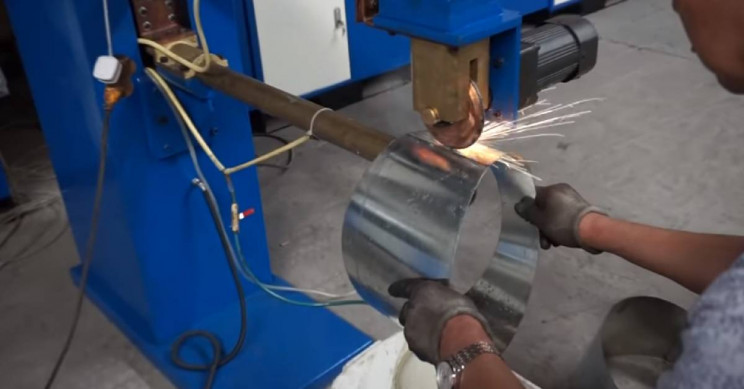 Seam Welding: Applications, Advantages, and Disadvantages