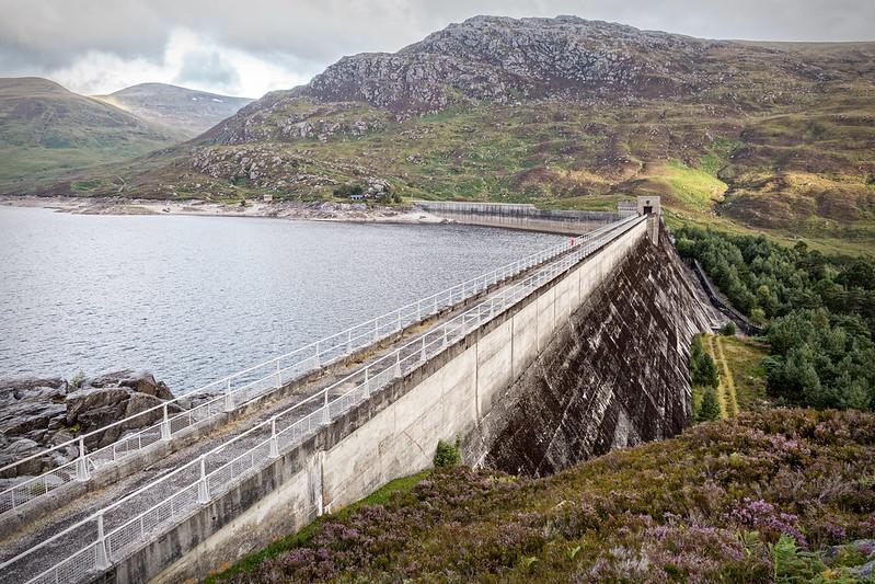 fascinating dams mullardoch dam