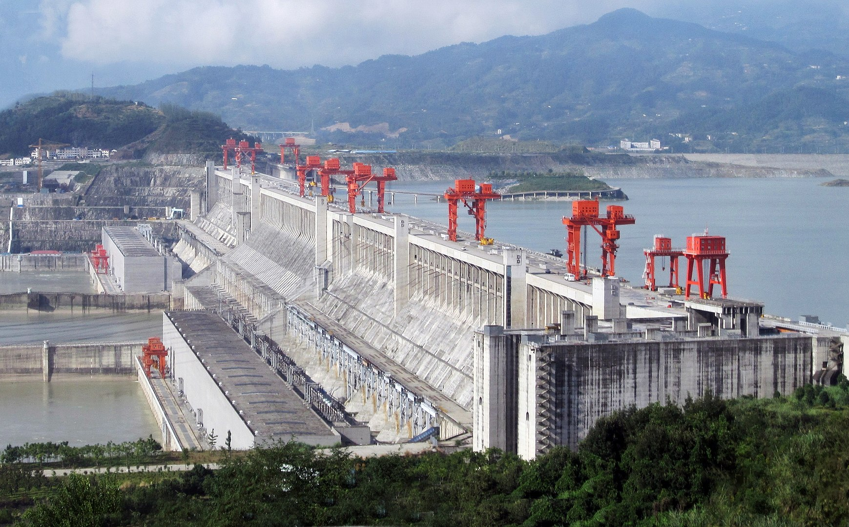 12 of the World's Most Fascinating Dams