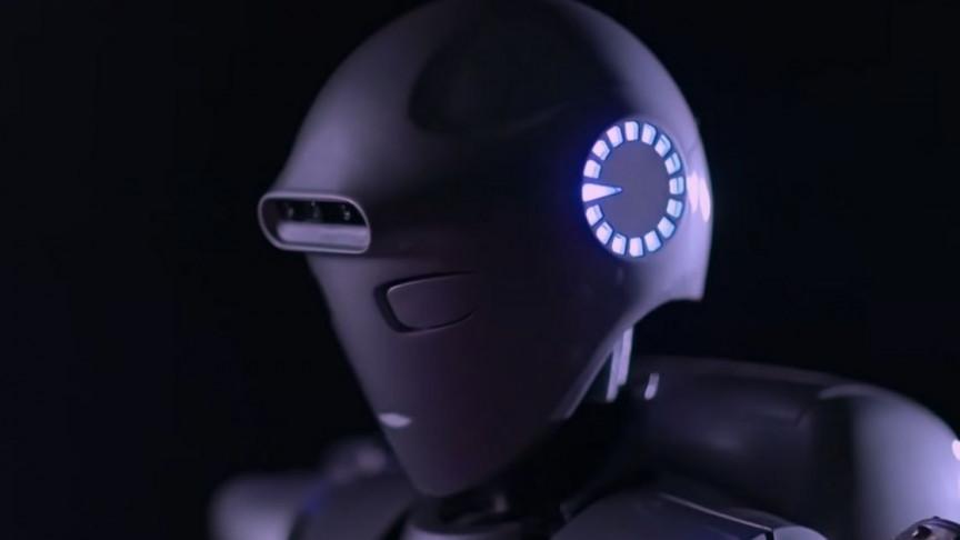 Iran's Most Advanced Humanoid Robot Rivals Honda's Asimo