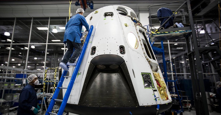 SpaceX Completes Vital Test of Its Crew Dragon Parachutes