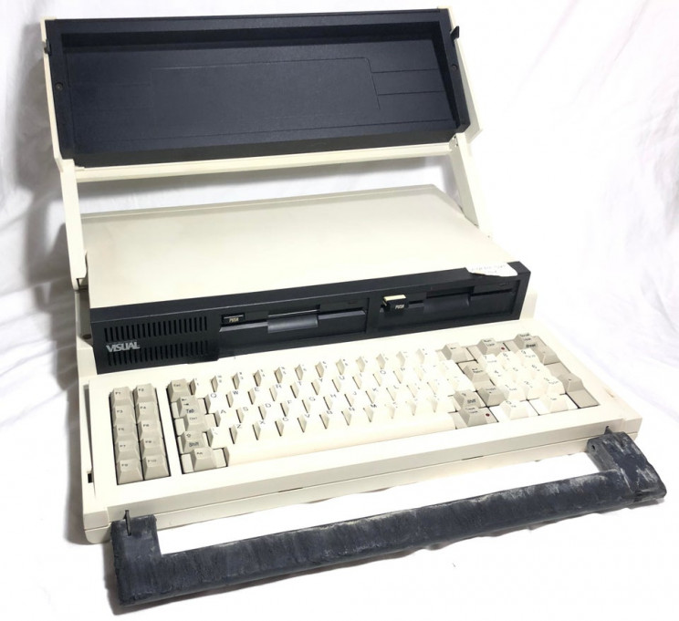 7 Old-School Computers That Remind Us How Far We Have Come
