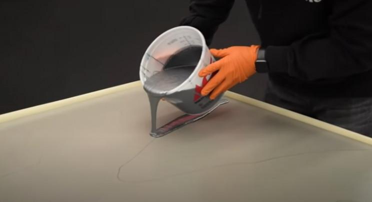 epoxy table top free pour