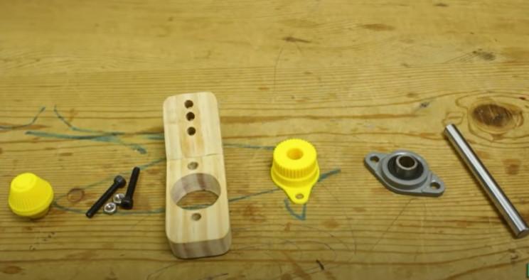 diy yarn winder winder mechanism