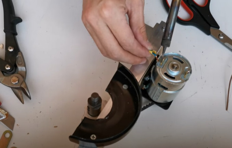 diy miter saw wire up motor and button