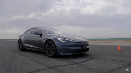 Can a 2022 Hayabusa and a 2021 Kawasaki Fare Against a Tesla Model S Plaid?