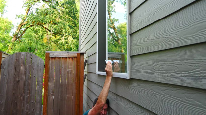 Engineer Pranks His Friends by Turning Their Windows into Speakers