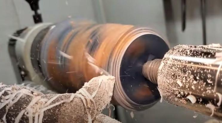 diy driftwood vase sculpt