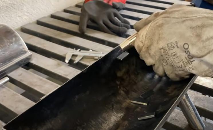 diy outdoor grill inner flanges