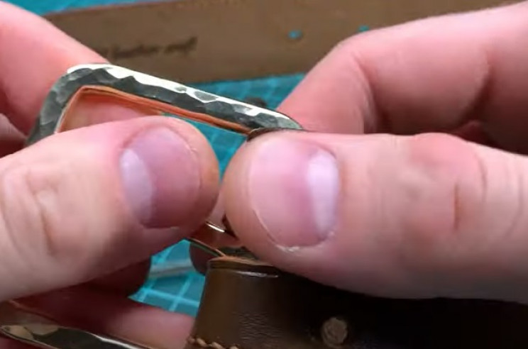 diy leather belt buckle