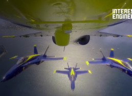 You Have to See to Believe These Fighter Pilots Fly In Aerobatic Displays