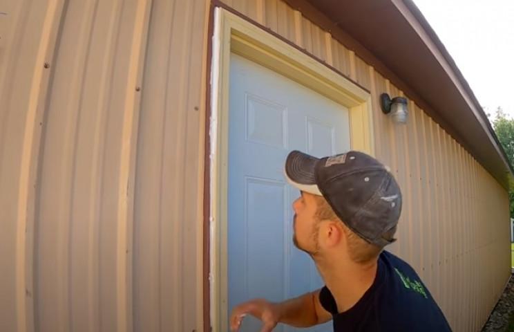 diy airbrush building caulk door frame