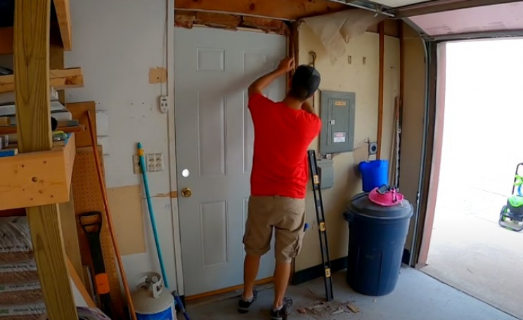 diy aribrush building new doors