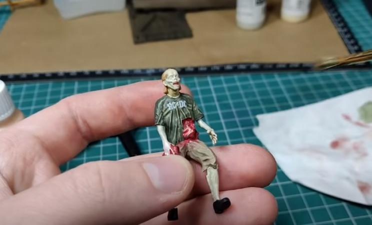 diy zombie diorama complete