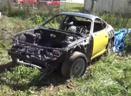 Restoring and Rebuilding a 1995 Toyota Supra Found in a Field in 10 Minutes