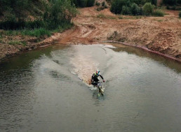 This Guy Rides His Motorcycle in Water, like Crazy!