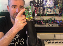 Musician Hacks Prosthetic Arm to Control Synthesizer and Plays Music With His Thoughts