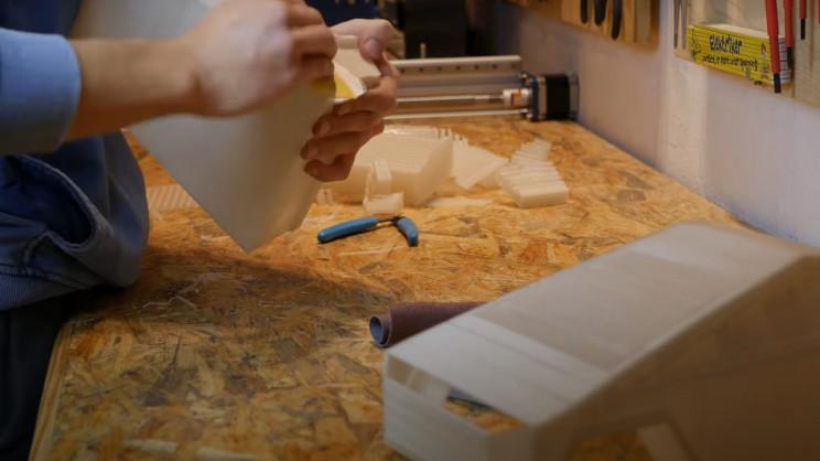 DIY RC cybertruck sand