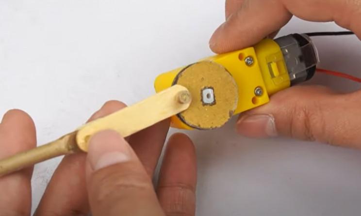 diy cardboard tommy gun assemble firing mech