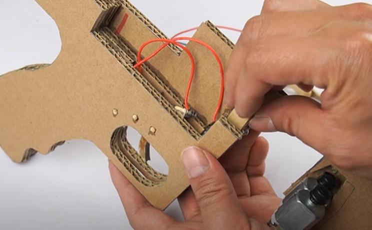 diy cardboard tommy gun flange glue