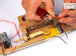 Here's How to Make 'Tommy' Machine Gun Out of Cardboard