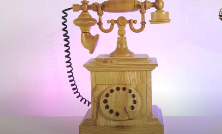 wood antique phone complete