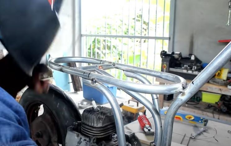DIY mini bike new frame