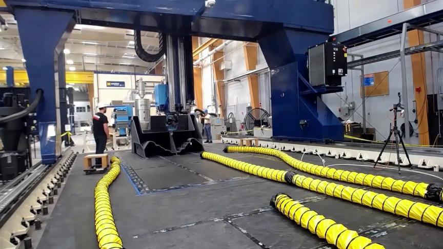 World's Biggest 3D-Printer Makes World's Biggest 3D-Printed Boat