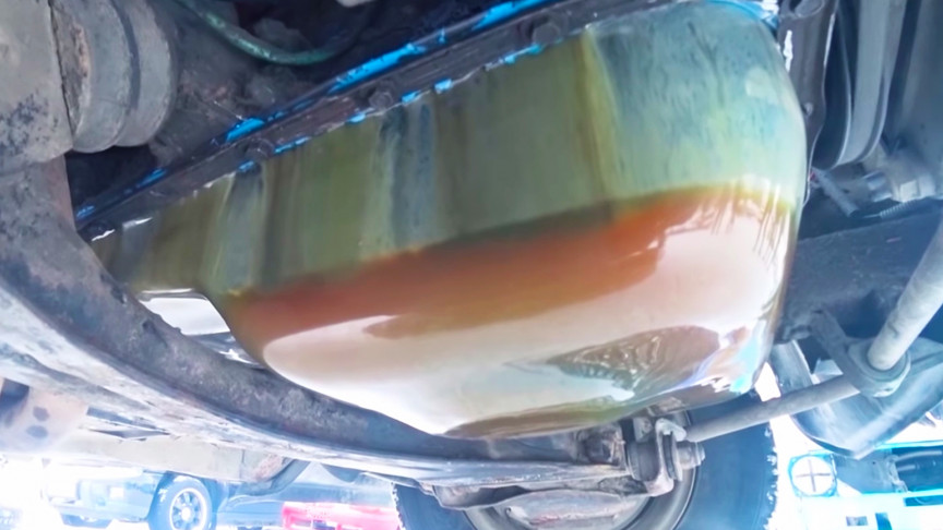 Mechanics Freeze an Engine and Fire It Up to See How Oil Behaves
