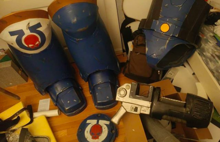 Engineer Builds Cosplay Costume by Integrating Spacesuit Technology