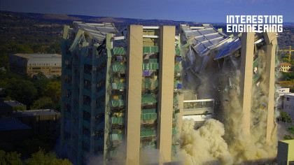When and Why Do Buildings Fall Apart?