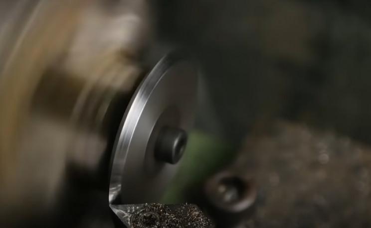 diy rotary cutter cutting edge