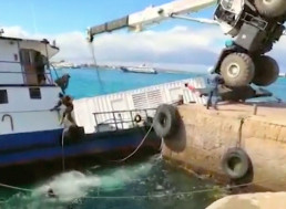 600 Gallons of Diesel Spills in Water Near Galapagos Islands