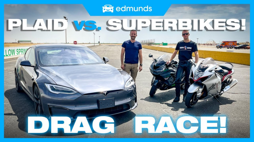 Watch Tesla's Model S Plaid Best a Hayabusa in the Ultimate Drag Race