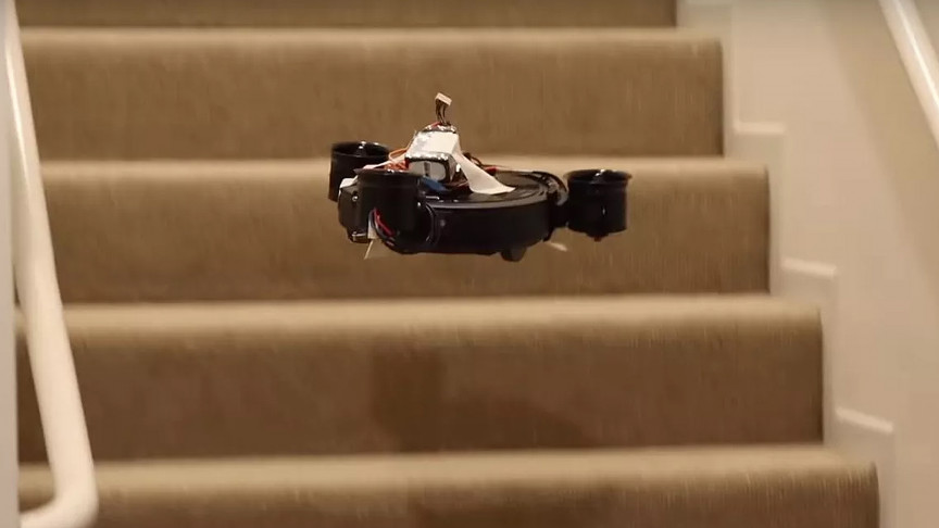 Engineer Turns Robotic Vacuum Cleaner Into a Drone