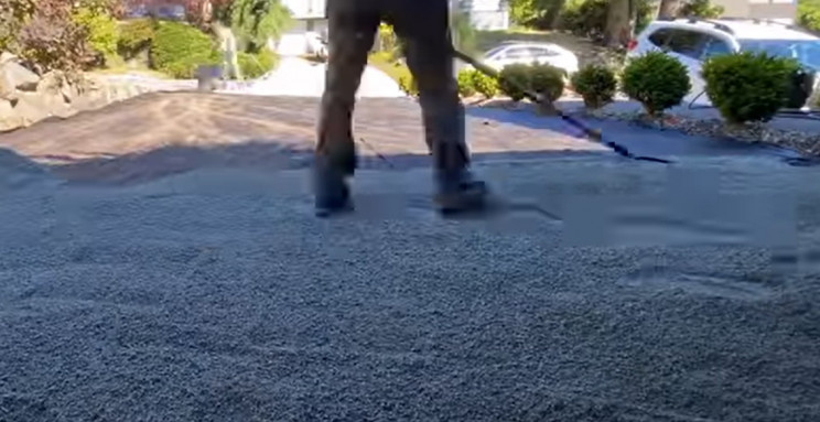 synthetic lawn spread gravel