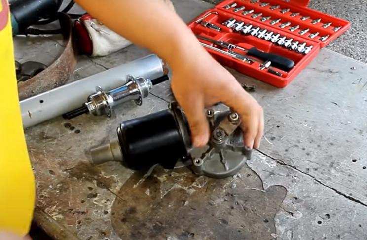 wiper winch motor