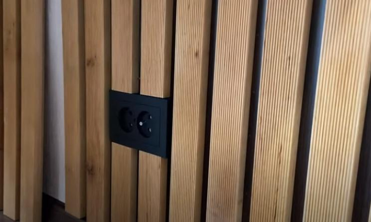 diy floating desk power socket bottom boards