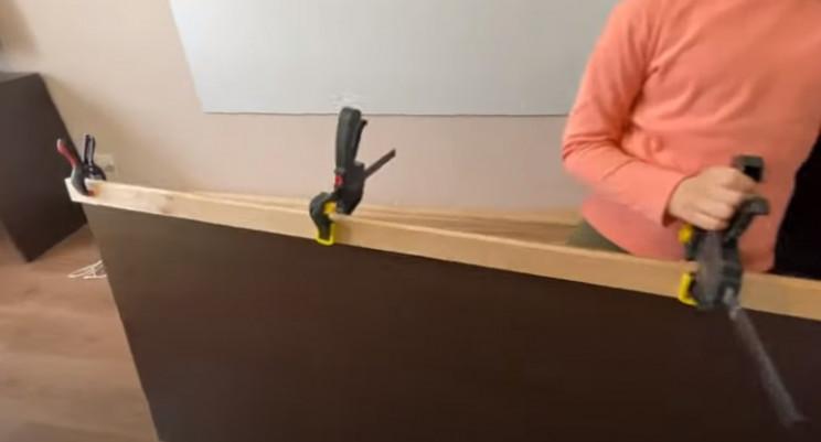 diy floating desk glue slats