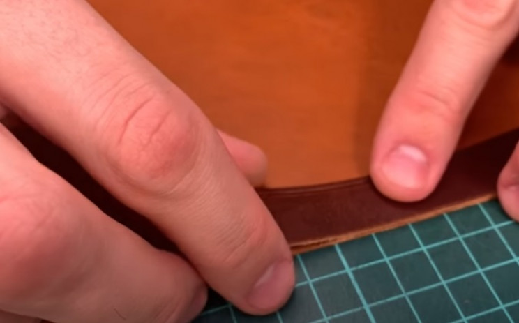 diy leather wallet glue pieces