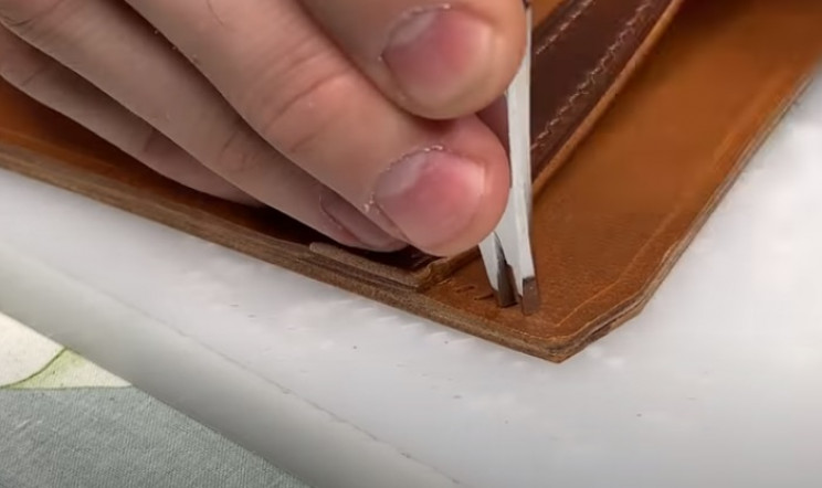 diy leather wallet punches outer edges