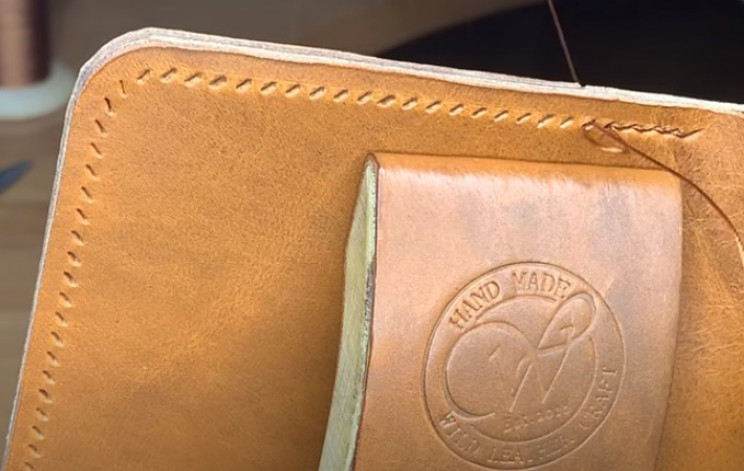 diy leather wallet stitch outer edge