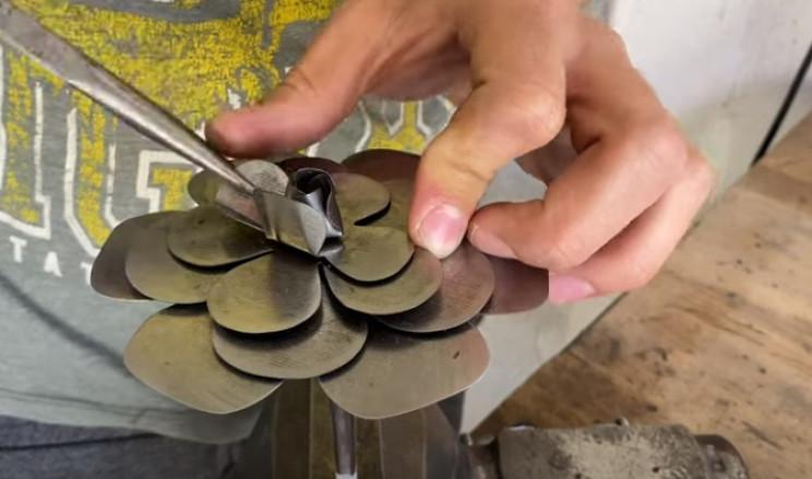 diy steel rose form shape