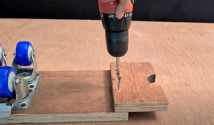 do-it-yourself cup end plate