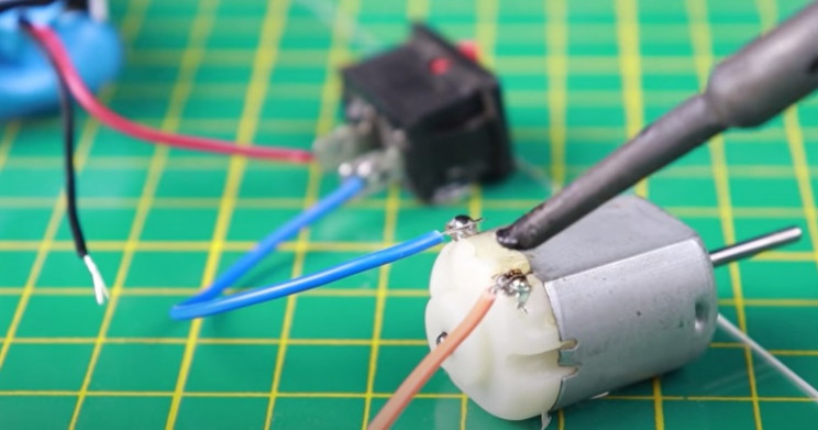 diy mouse trap wire motor