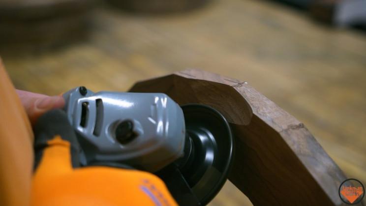 wood vase carve